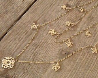 Stylish Gold Chain Necklace