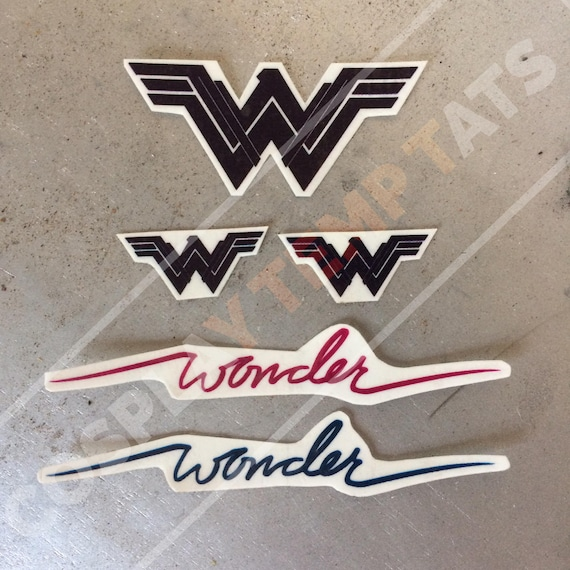 Wonder Woman Tatouage Temp Tat Blauw Rood Script Cursieve Logo Etsy