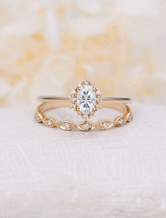 Vintage Engagement Ring Set Oval Cut Moissanite Engagement Etsy
