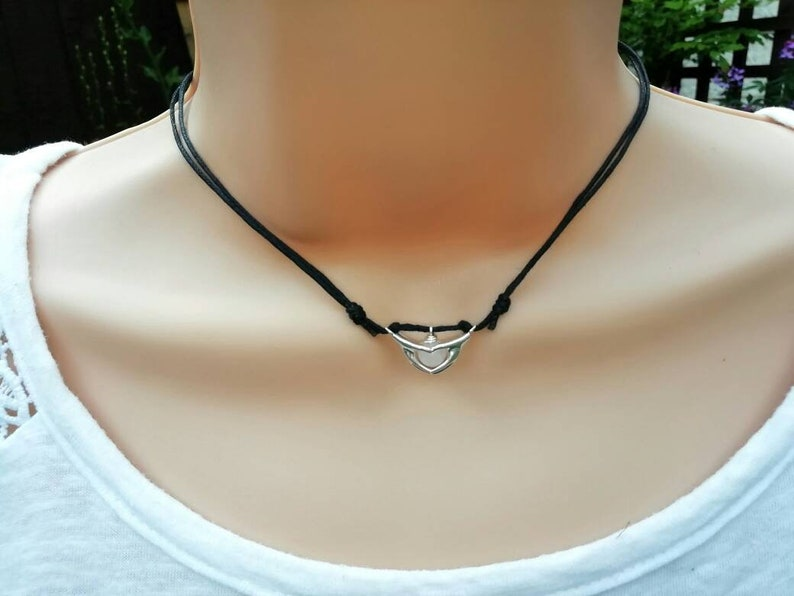 Adjustable Choker Friendship Cord Necklace Heart in Hands Necklace Sliding Knot Choker Rose Quartz Surfer Jewelry Beach Jewellery