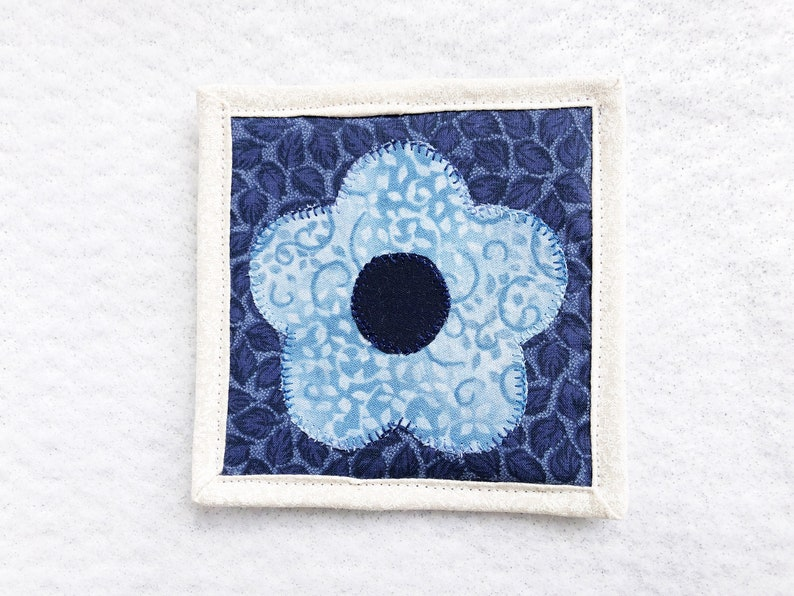 Desk Mat for Drink Coffee Lover Gift Bedside Table Accessory Blue Floral Fabric Coaster Coffee Bar Decor Quilted Mug Rug