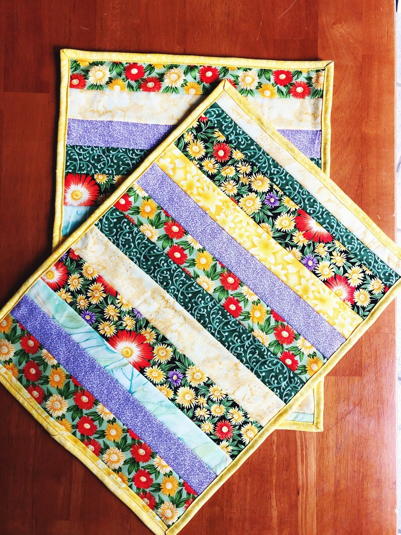 Quilted Placemats   Floral Placemats  Place Mat Set of 2  image 0