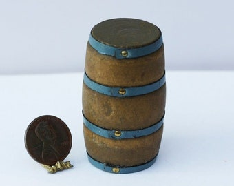 Vintage Wooden Beer Barrel and Wine Glass 1//12 Dolls House Miniature Decor