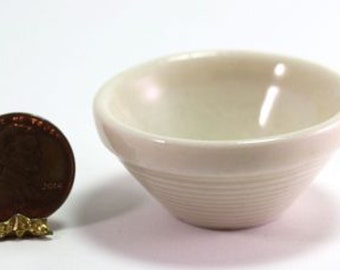 1:12 Scale Cream Ceramic Mixing Bowl With A Ceramic Spoon Tumdee Dolls House Cr2