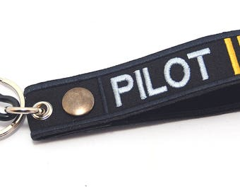 82534c1f455 Pilot Embroidered Luggage Tag Keychain Key holder Remove Before Flight