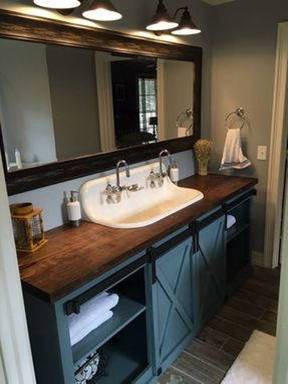 Vanité de salle de bain porte de grange (livraison gratuite)