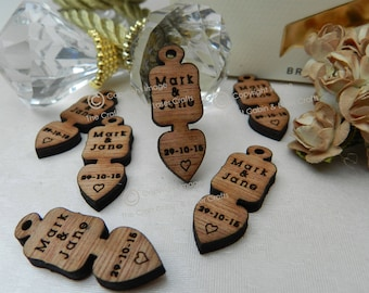 Personalised Wooden Mini Lovespoons With Name and Date. Ideal for Vintage Wedding Favours and Party Table Decorations.