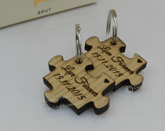 Personalised Mr and Mrs Couples Wooden Puzzle Key Ring set. Valentines Day Gift. Wedding Gift Idea, Anniversary Gift, Wooden Keyrings.