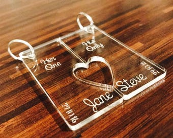 Personalised Key ring set. Mr & Mrs, His Hers, Couples, Partner, Boyfriend, Girlfriend, Lover, Valentines Day. Wedding, Anniversary Gift