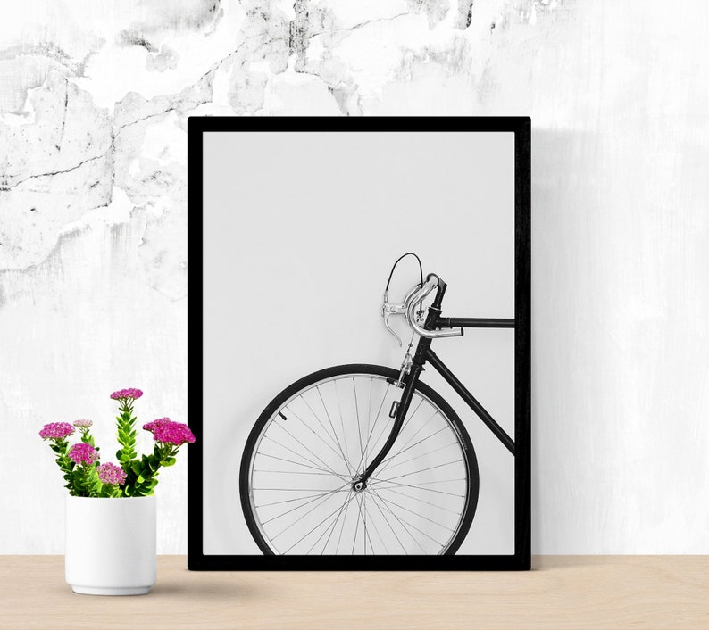 Nice Vintage Road Bike, Retro Bicycle, Vintage Bike Wheel Poster, Printable  Wall Art, Scandinavian Print, Black & White Photography, Digital