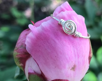 Dainty Rose Wire Ring