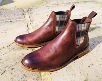 EcoWolfe Mens Chelsea Boots Brown