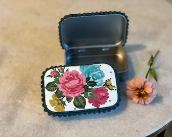 Flower Tin for Purse Organization, Altoid Sized Tins with Hinged Lid for Gifting, Cosmetics, Sewing Kit, Etc.