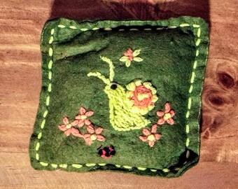 "Vintage 1950s Handmade felt and yarn pincushion pillow embroidered snail ladybug flowers 4"" x 4"""