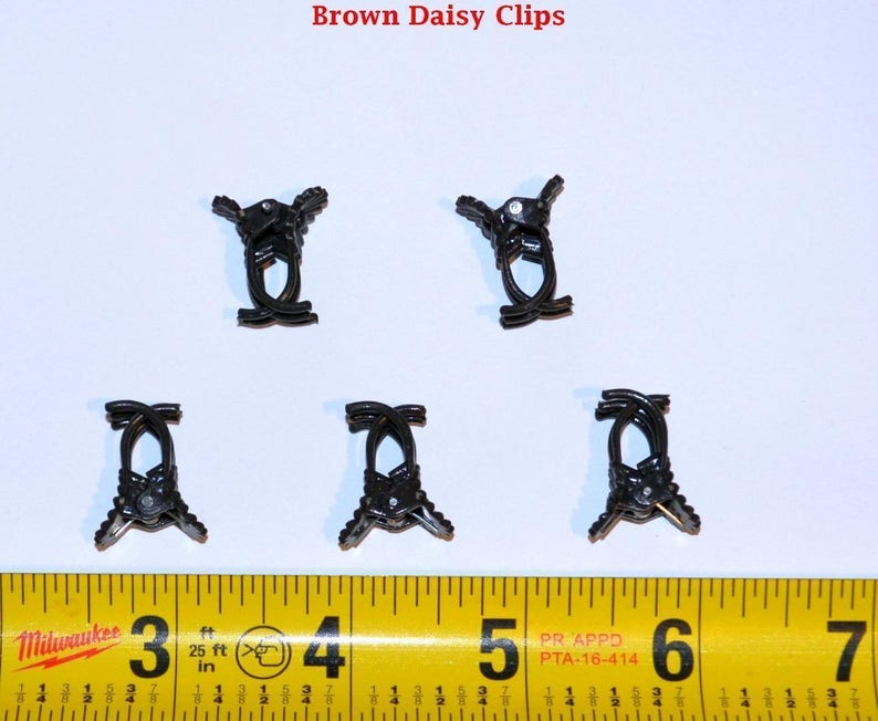 Bin 100 Pack Of Brown Daisy Clip By Sophie/'s Orchids 590886