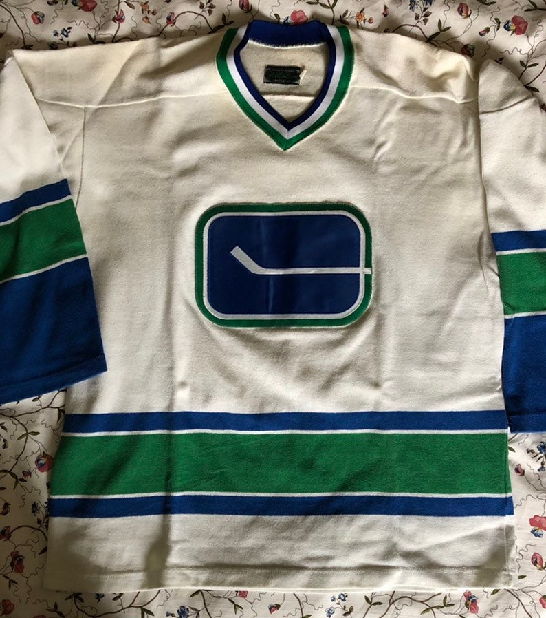 low priced cd267 13f43 Vancouver Canucks home jersey vintage Stall & Dean