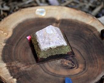 Powerful Rose Quartz Crystal Pyramid - Orgone Generators - Orgone Healing Reiki Healing Heart Chakra Balancing Orgone Energy - LOVE