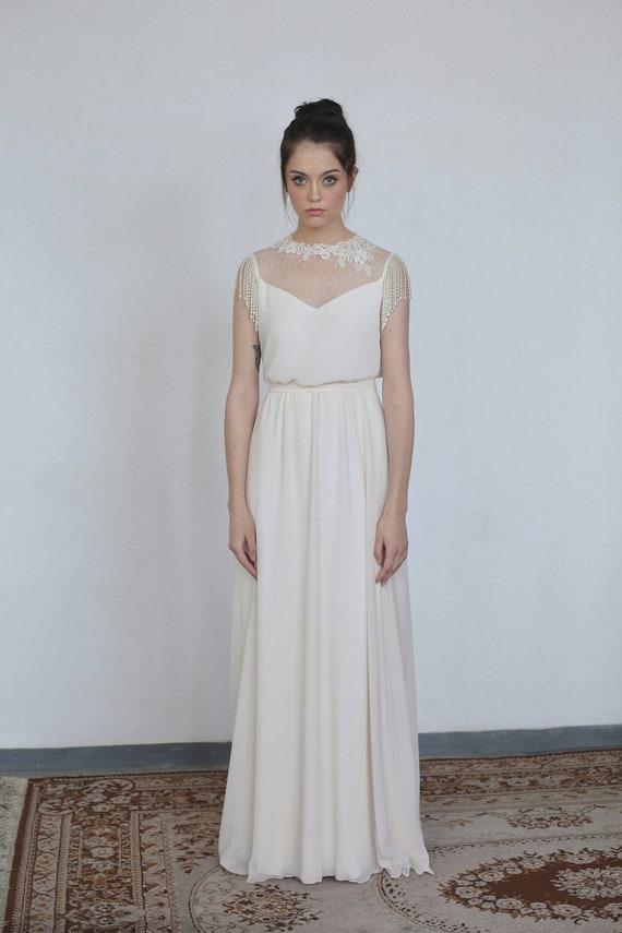Illusion Lace Wedding Dress Neckline Vintage Inspired Wedding Lace Modest Wedding Dress Elegant Wedding Dress