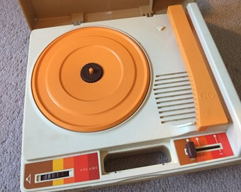Fisher Price Vintage Record Player Turntable Model 825 1978 Phonograph Electric