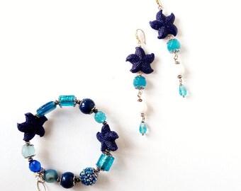 Parure bracciale e orecchini, bracciale rigido, orecchini stella marina, orecchini blu oltremare, set regalo festa della mamma, blu, bianco