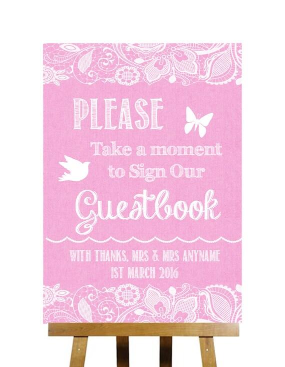 Dentelle & jute rose prennent un Moment pour signer notre Guest Book mariage signe