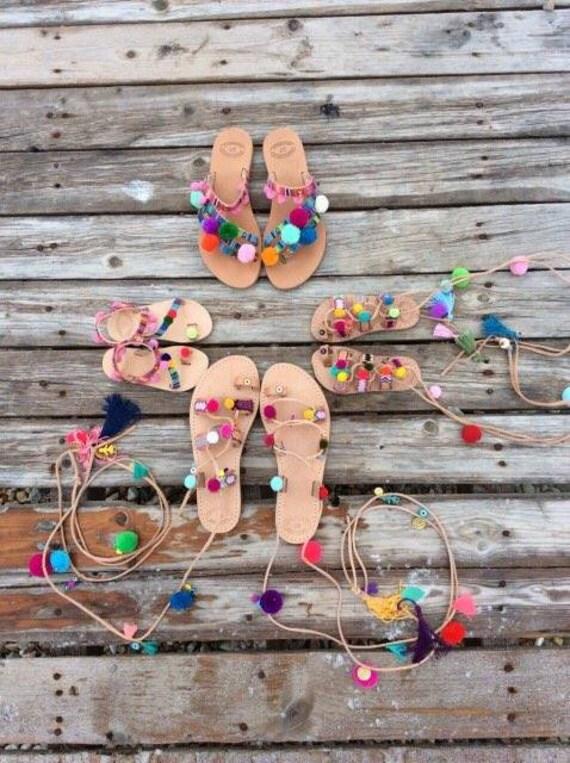 s pom pom, sandales grecques, grecques, grecques, boho ficeler sandales, sandales filles, Chaussures enfants, sandales à la main en cuir véritable, sandales d'été, chaussures de plage | Bonne Conception Qualité  fdcc77