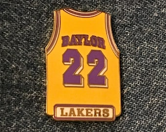 69a473fbd34 1998 Los Angeles Lakers~ Elgin Baylor ~  22 ~ Jersey Lapel Pin ~ LA ~ NBA ~  by Peter David