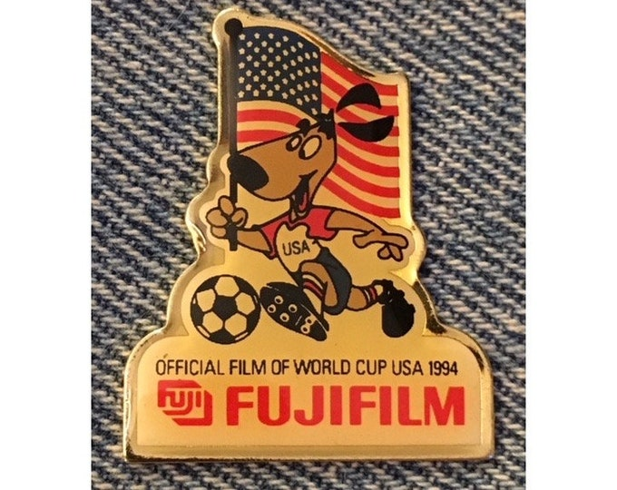 194cf6339f6 1994 FIFA World Cup Pin ~ USA Flag ~ Football Soccer ~ Mascot Striker ~  Sponsor