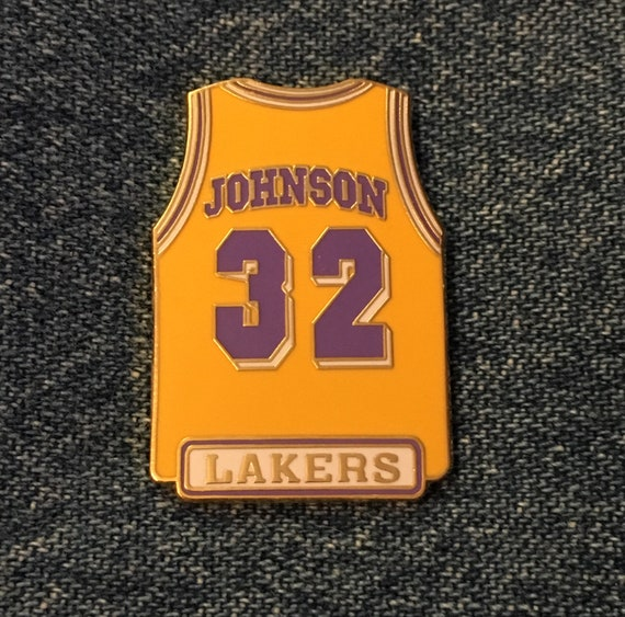 innovative design 7a53c 13750 1998 Los Angeles Lakers ~ Magic Johnson ~ #32 ~ Jersey Lapel Pin ~ LA ~ NBA  ~ by Peter David