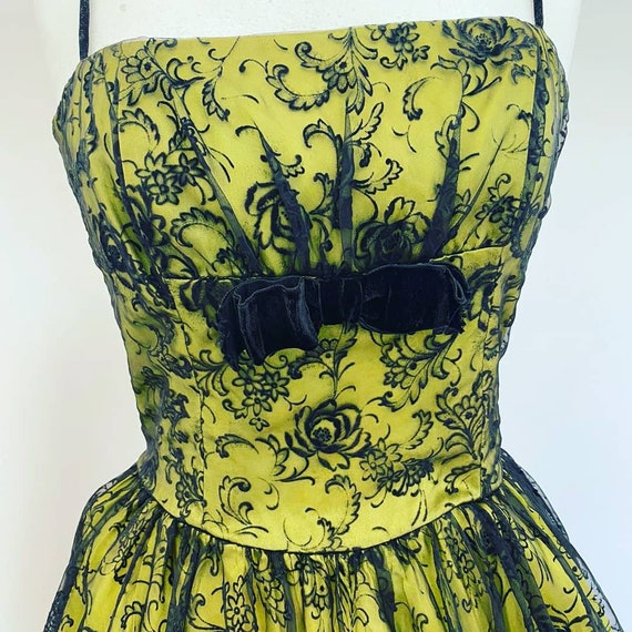 1950s evening dress - image 3