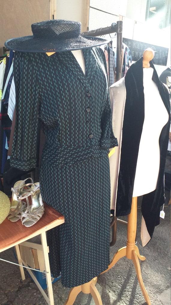 1950s ladies suit