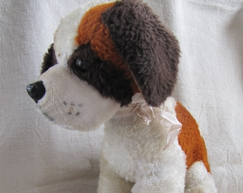 Vintage Brown and White Plush Stbernard Dog 1950s Big Stuffed Dog Old Plush Puppy Stuffed Dog with Heart on the Back Cute Vintage Stuffy