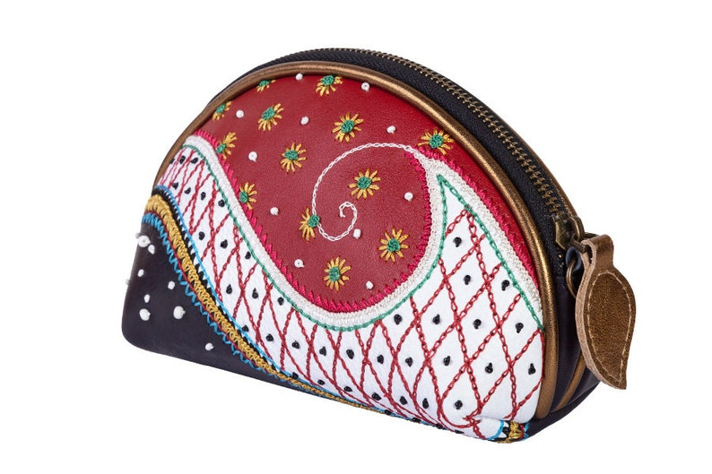 paisley embroidery crossbody purse women belt bag Genuine leather ladies bumbag leather bum bag travel fanny pack small women clutch