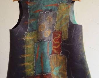 Hand-felt vest made of merino wool, grey-orange-blue