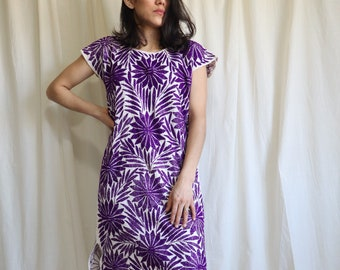 Hand Embroidered floral Dress / Original Artwork / Mexican Dress / Purple Dress / Gift for Her