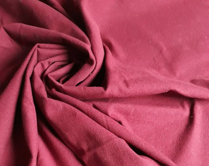 For making Cushion cover in cotton thick plain Burgundy solid rustic. 150 cm width. Length of choice by 50 cm