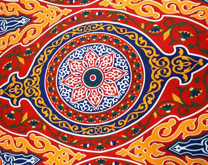 Tissu patchwork multicolore. Motif traditionnel égyptien. Fleur de lotus. Confection nappe de fête 1 unité = 1 mandala= 62 cm = 0.67 yard