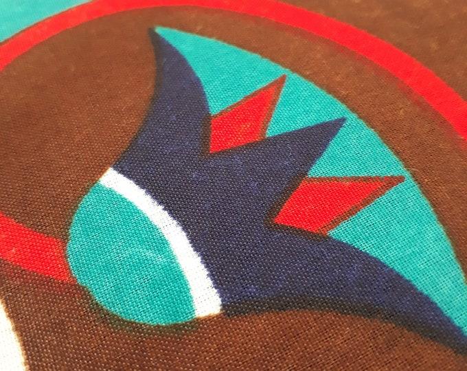 Tissu mandala égyptien turquoise aux couleurs très vives avec un motif traditionnel égyptien pour tentures murs. Unité = un mandala = 86 cm