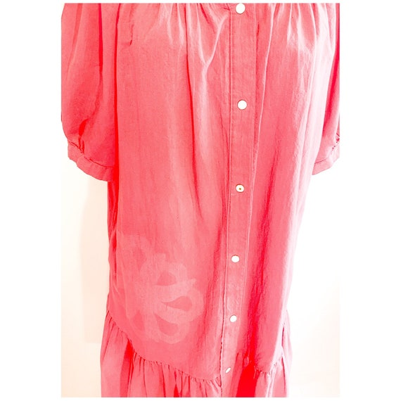 Pink  house dress with button snap front, vintage… - image 7