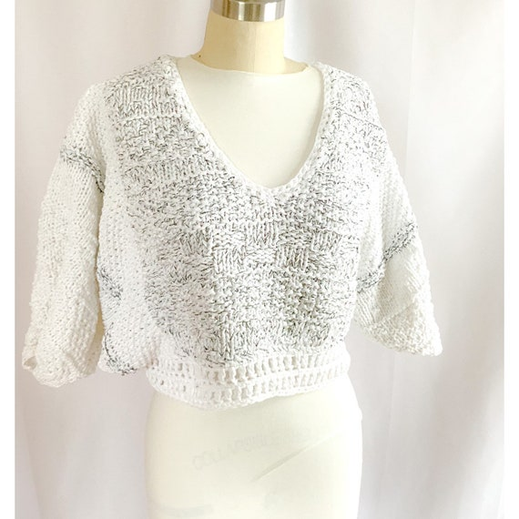 Vintage 80s/ 90s minimalist sweater, white hand kn