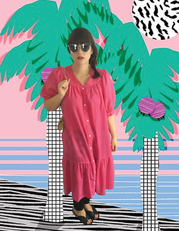 Pink  house dress with button snap front, vintage… - image 4