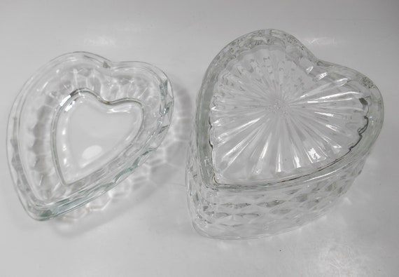 Homeco Vintage Clear Pressed Cut Glass Heart Shaped  Candy Jar