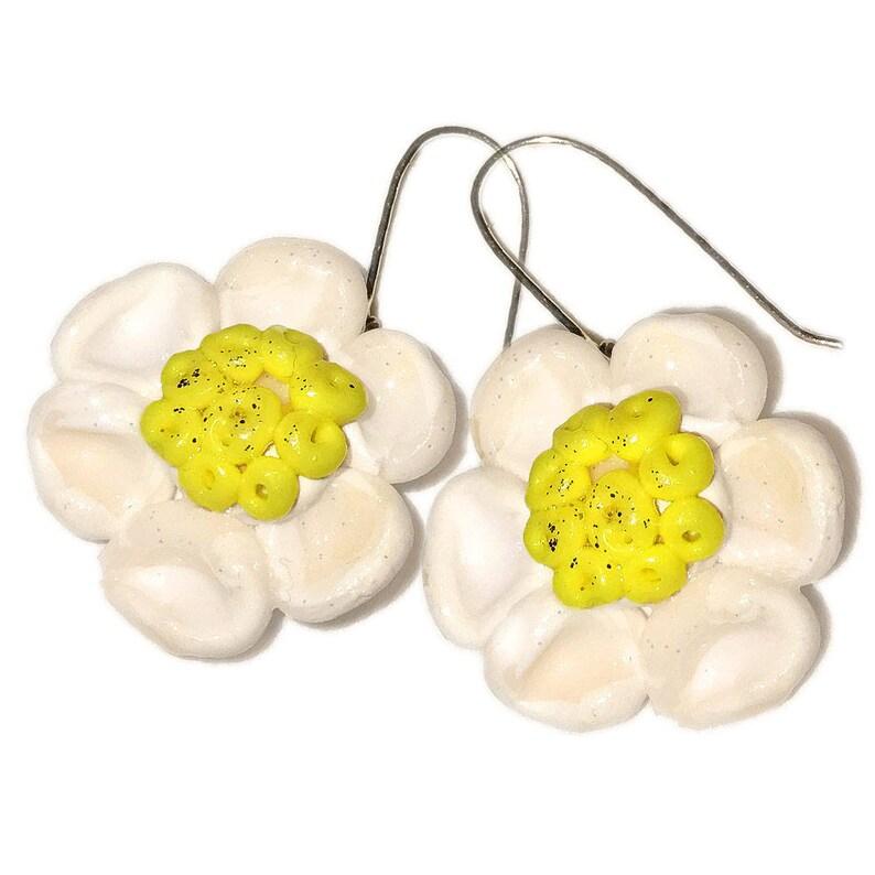 Summer Style Flowers Earrings.SPRING image 0