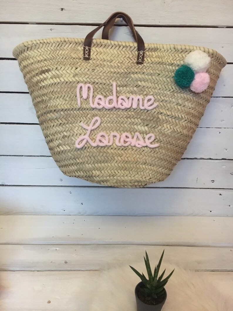 Basket with 3 TASSELS to customize
