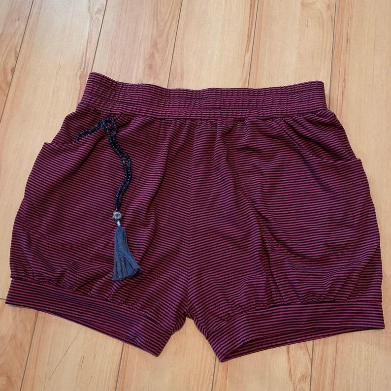 Brick Red Pinstripe Pune Style yoga shorts with Pockets Women/'s + Men/'s, Iyengar Yoga Pocket Shorts -