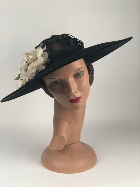 1930s Black Straw Picture Hat With Open Work On Th