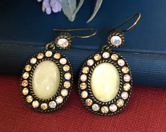 Vintage Oval Dangle Antique Style Pierced Earrings // Victorian Style Drop Earrings // AB crystals