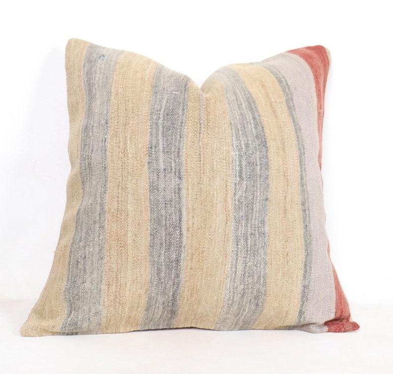 60x60 Pillow 24x24 inc Knitted Throw Primitive Pillow floral throw Sofa Seat Brown Cushion Cover Kilim Pillow Shabby Chic Cushion