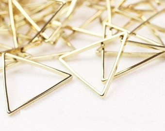 20pcs 18x20mm triangle Charms,triangle connector,Brass Charms,triangle Pendant,uv resin supply,outline Pendant,triangle outline,frame parts