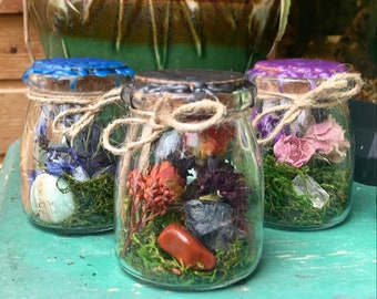 Customized Curiosity Jar, Real Dried Flowers Crystals, Ethically Sourced Bones, Enchanted Earth, Spell Witch Capsule, Nature, Cottagecore